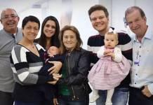 Thais Fersoza, Teodoro, Michel Teló, Melinda e os avôs (Reprodução/Instagram)