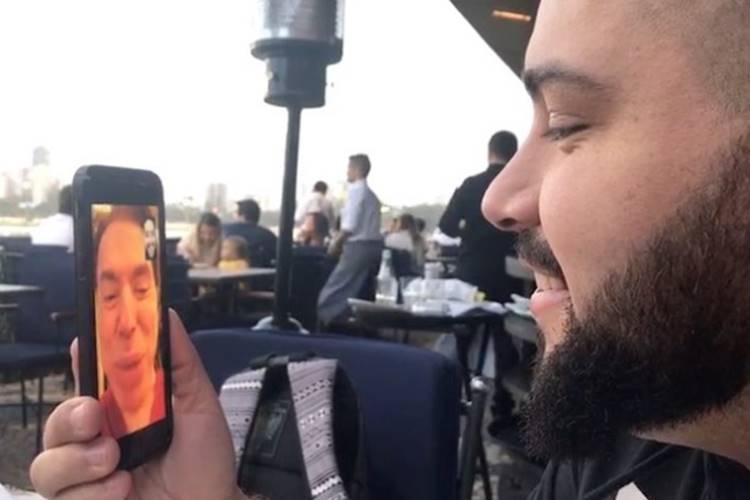 Confira conversa de Silvio Santos com o neto Tiago Abravanel pelo celular!