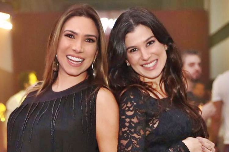 Grávidas, filhas de Silvio Santos exibem barriguinhas em evento