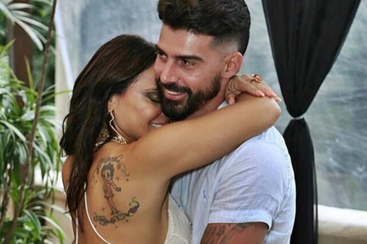 Separação de Viviane Araújo e Radamés teria sido motivada por ciúmes
