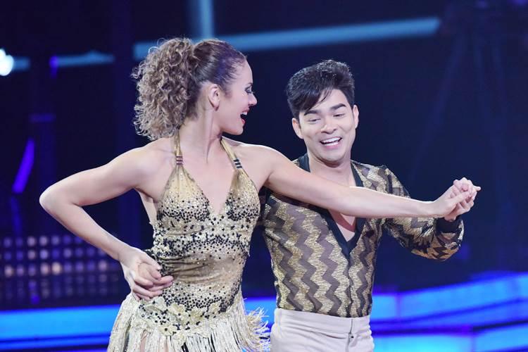 Yudi Tamashiro e Bárbara (Blad Meneghel e Edu Moraes/Record TV)