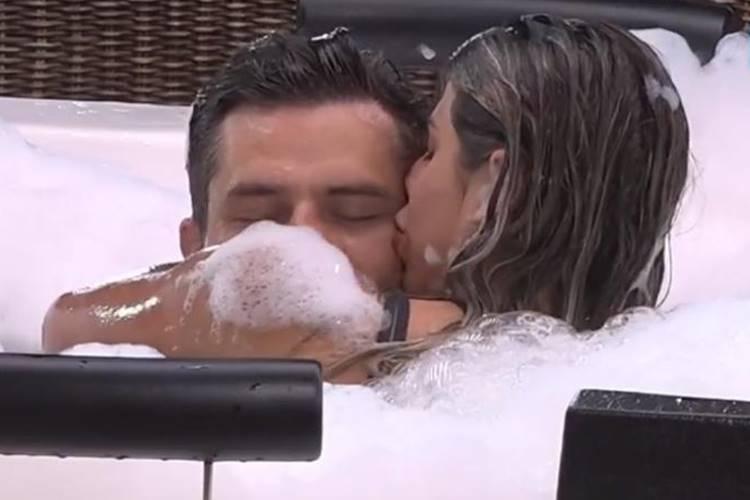 Marcos Harter e Ana Paula Minerato (Reprodução/R7)