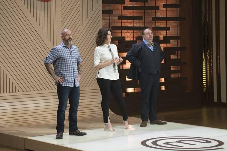 Cozinheiros do 'MasterChef Profissionais' enfrentam a última Caixa Misteriosa da temporada