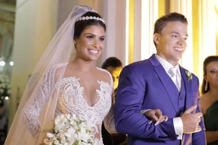 Ex-BBB goiana Munik Nunes se casa em Fortaleza