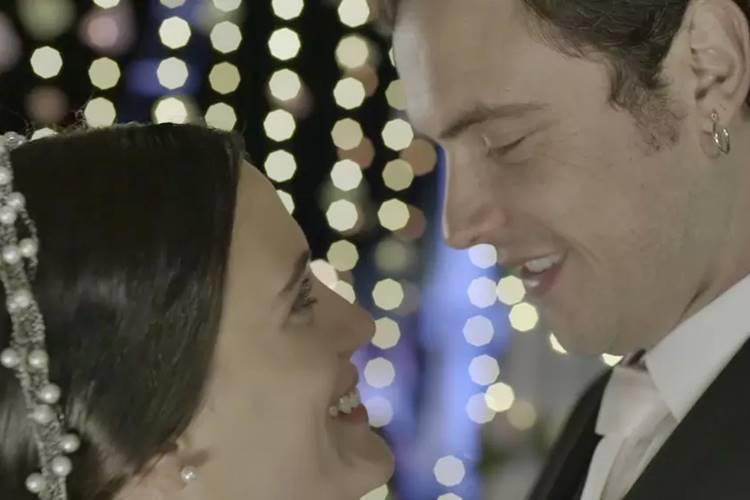 O Outro Lado do Paraíso - Clara e Gael se casam (Reprodução/|TV Globo)