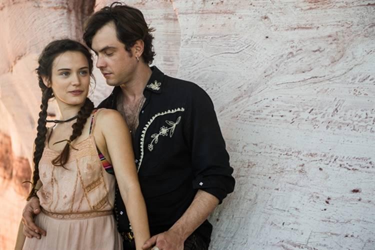 O Outro Lado do Paraíso - Clara e Gael (TV Globo / Raquel /Cunha)