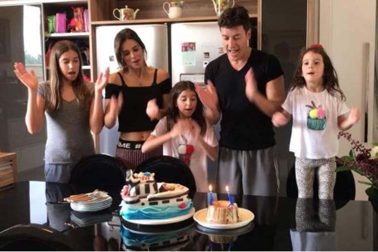 Rodrigo Faro e família (Reprodução/Instagram)