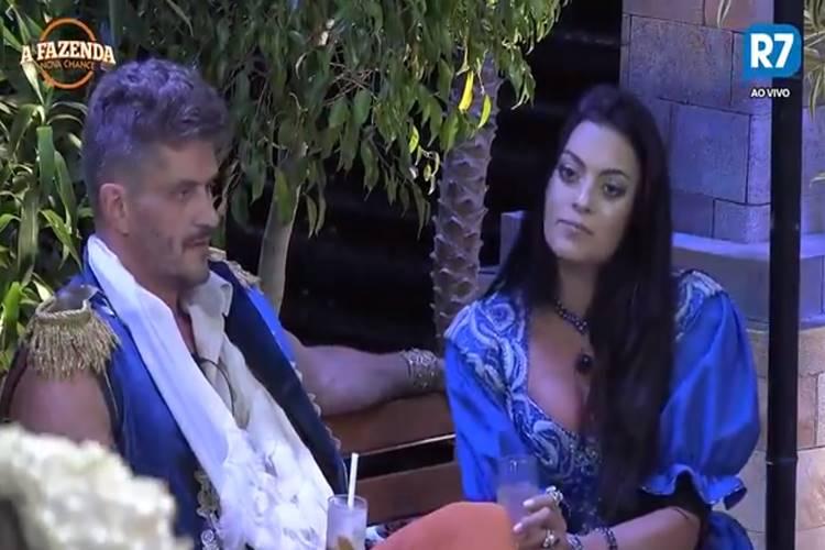 A Fazenda - Marcos e Monique (Reprodução/RecordTV/R7)