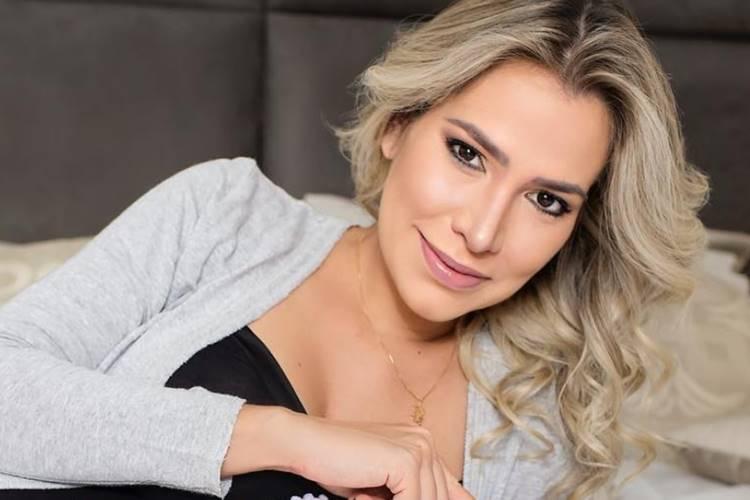 Adriana Sant'Anna (Reprodução/Instagram)