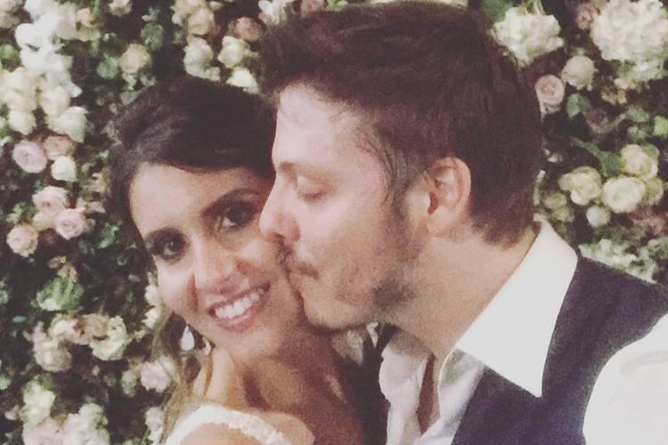 Fábio Porchat e Nataly Mega casaram-se em cerimónia religiosa