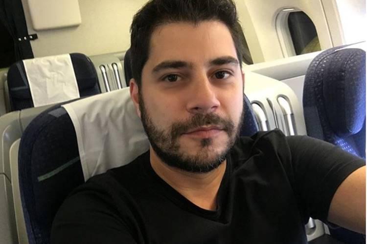Sucesso na web, Evaristo se candidata para vaga de emprego e revela o que mais sente falta do Brasil