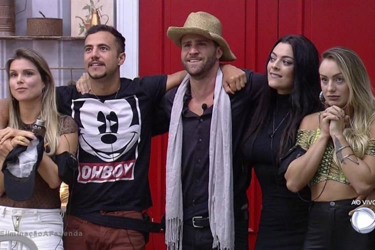 Flávia, Matheus, Marcelo, Monique e Monick (Reprodução/R7)
