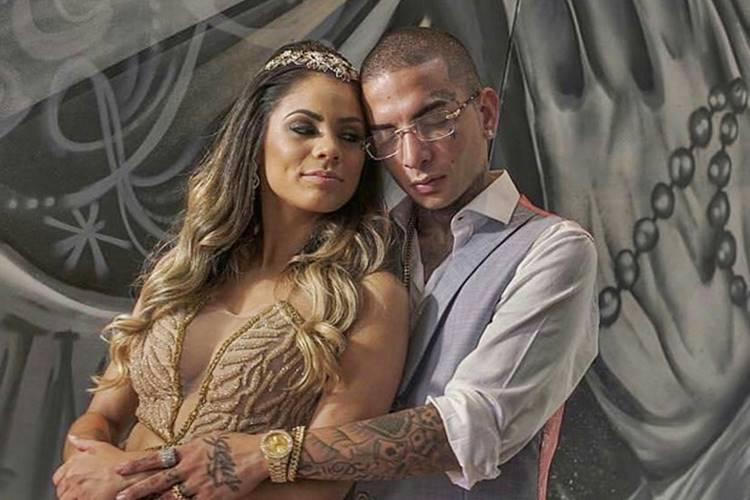 Lexa oficializa noivado com Guimê e usa joias de mais de R$ 200 mil
