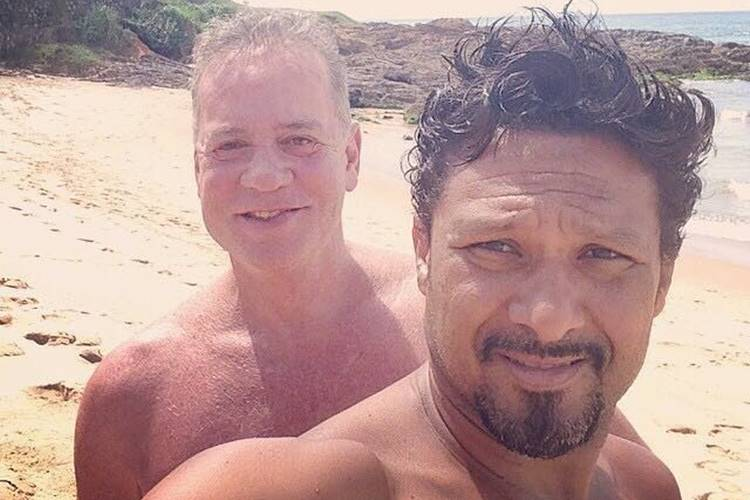Luiz Fernando Guimarães posta foto com o marido