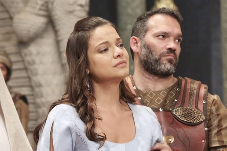 O Rico e Lázaro: Belsazar condena Joana à morte