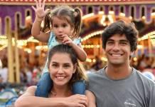 Deborah Secco com Maria Flor e Hugo Moura/Instagram