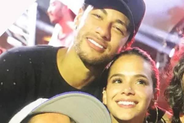 Neymar e Bruna Marquezine Juntos novamente - Reprodução/Quem