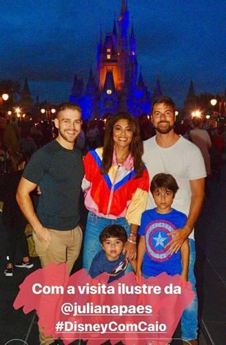 Juliana Paes com a família/Instagram