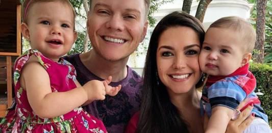 Michel Teló e Thais Fersoza com Melinda e Teodoro/Instagram