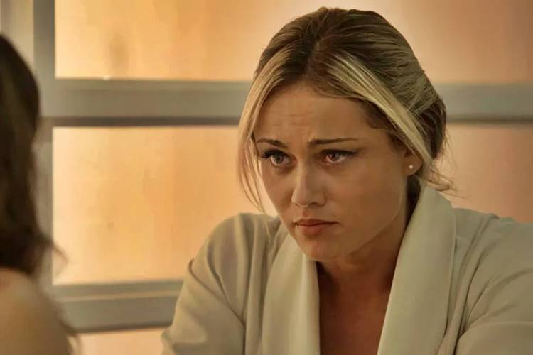 O Outro Lado do Paraíso - Suzy conversa com Clara (Reprodução/TV Globo)