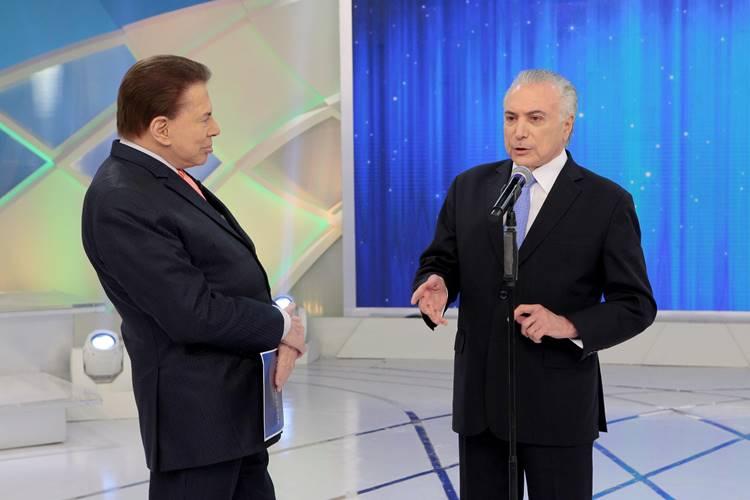 Silvio Santos e Michel Temer (Lourival Ribeiro/SBT)