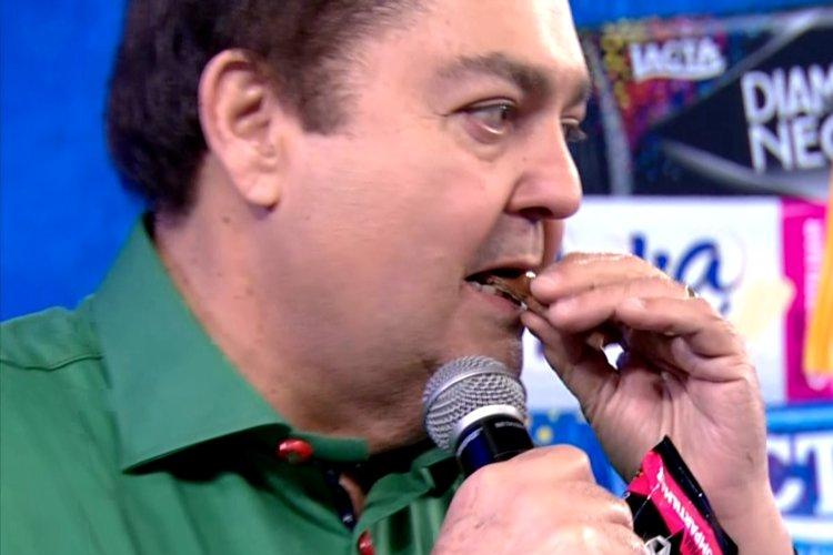 Faustão ganhou 3 milhões para comer chocolate ao vivo na Globo