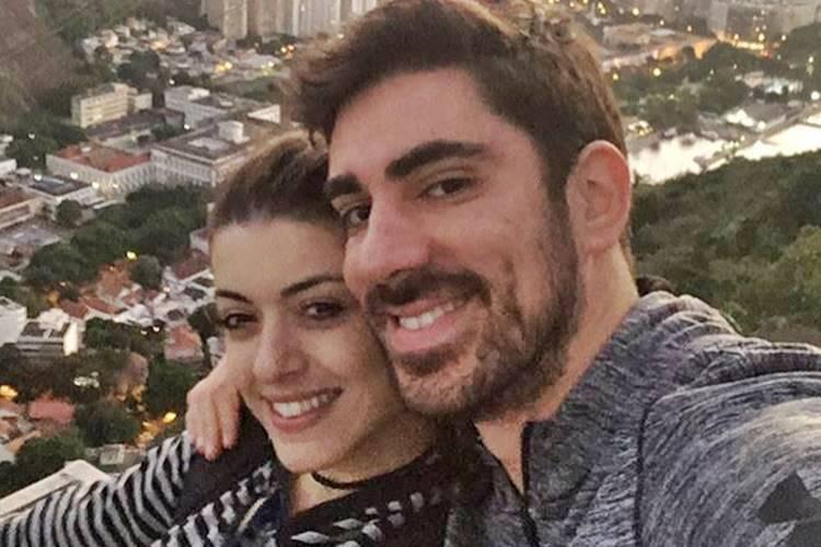 Marcelo Adnet com namorada/Instagram