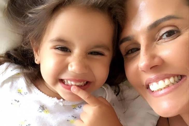 Maria Flor e Deborah Secco/Instagram