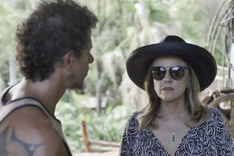 Clara comemora vitória no julgamento em 'O Outro Lado do Paraíso'