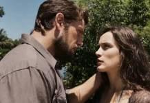 O Outro Lado do Paraíso - Renato e Clara - Reprodução/TV Globo