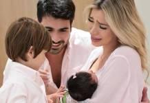 Rodrigão e Adriana com os filhos/Instagram