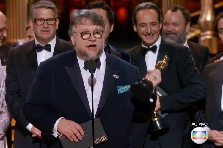 A Forma da Água ganha Oscar de melhor filme - Guillhermo del Toro (Reprodução/TV Globo)