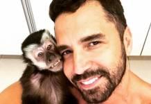 Latino e Macaco Twelves-Reprodução/Instagram
