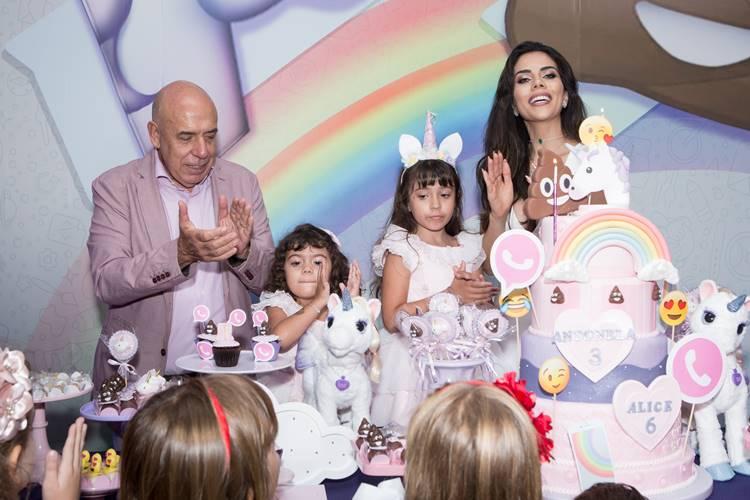 Filhas de Dani Albuquerque e Amilcare Dallevo comemoram aniversário em São Paulo
