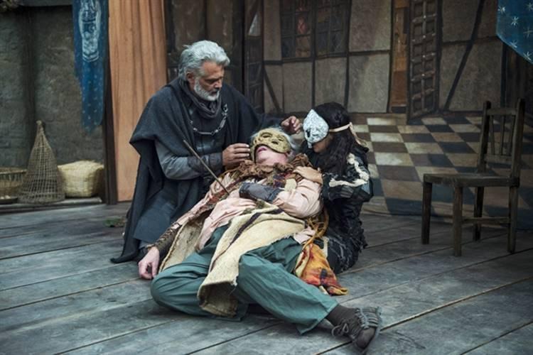 Deus Salve o Rei - Augusto é atingido (Globo/Estevam Avellar)
