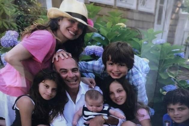 Luciana Gimenez e a família - Reprodução/Instagram