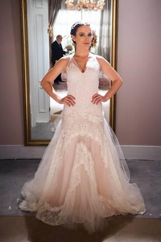 O Outro Lado do Paraíso - Clara vestida de noiva (Globo/Raquel Cunha)