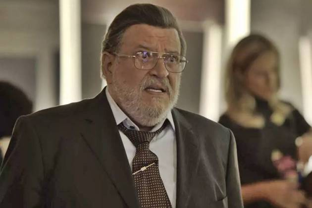 O Outro Lado do Paraiso - Gustavo fica chocado com declaração de Nádia (Reprodução/TV Globo)