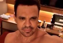 Eduardo Costa mostra barriga trincada/Instagram