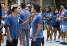 Malhação - Leandro briga com Alex (Globo/César Alves)