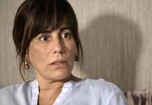 O Outro Lado do Paraiso - Beth se assusta (Reprodução/TV Globo)