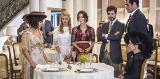 Orgulho e Paixão - Susana e Julieta falham em adiar encontro de Camilo e Jane ( Globo/Mauricio Fidalgo)