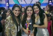 Simone e Simaria com a campeã do The Voice Kids - Eduarda Brasil (Globo / Raphael Dias)