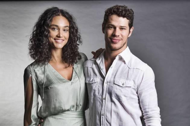 Debora Nasciemnto e José Loreto (Globo/ Cesar Alves)