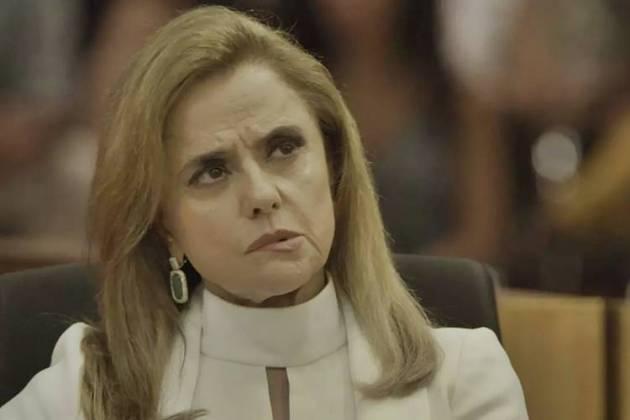 O Outro Lado do Paraiso - Sophia surpreende com revelação (Reprodução/TV Globo)