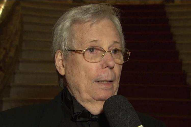Morre o cineasta Roberto Farias, aos 86 anos, no Rio de Janeiro