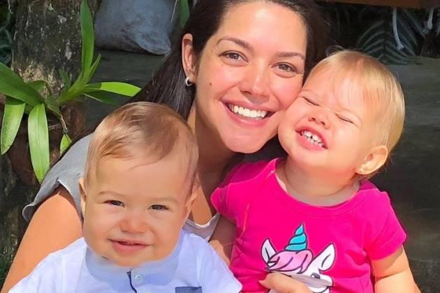 Thais Fersoza com Melinda e Teodoro/Instagram