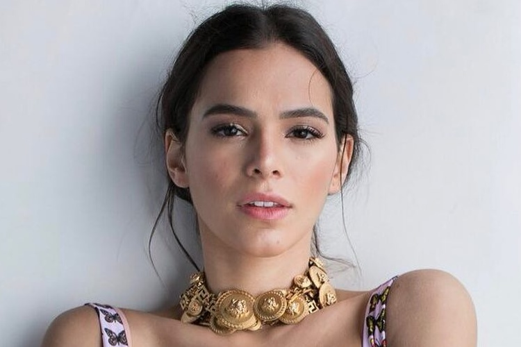 Bruna Marquezine consegue folga em novela e partirá para a Rússia
