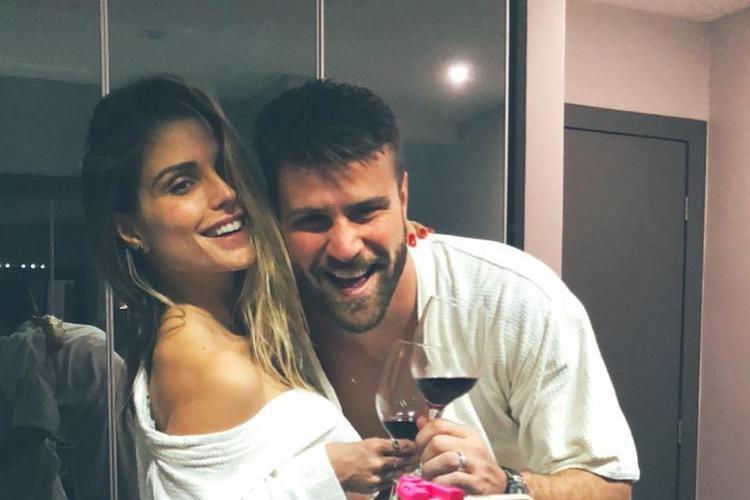 Flávia Viana fica chocada com revelações de Marcelo Ié Ié