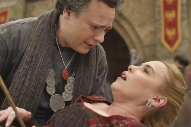 Deus Salve o Rei - Diana é gravemente ferida (Reprodução/TV Globo)